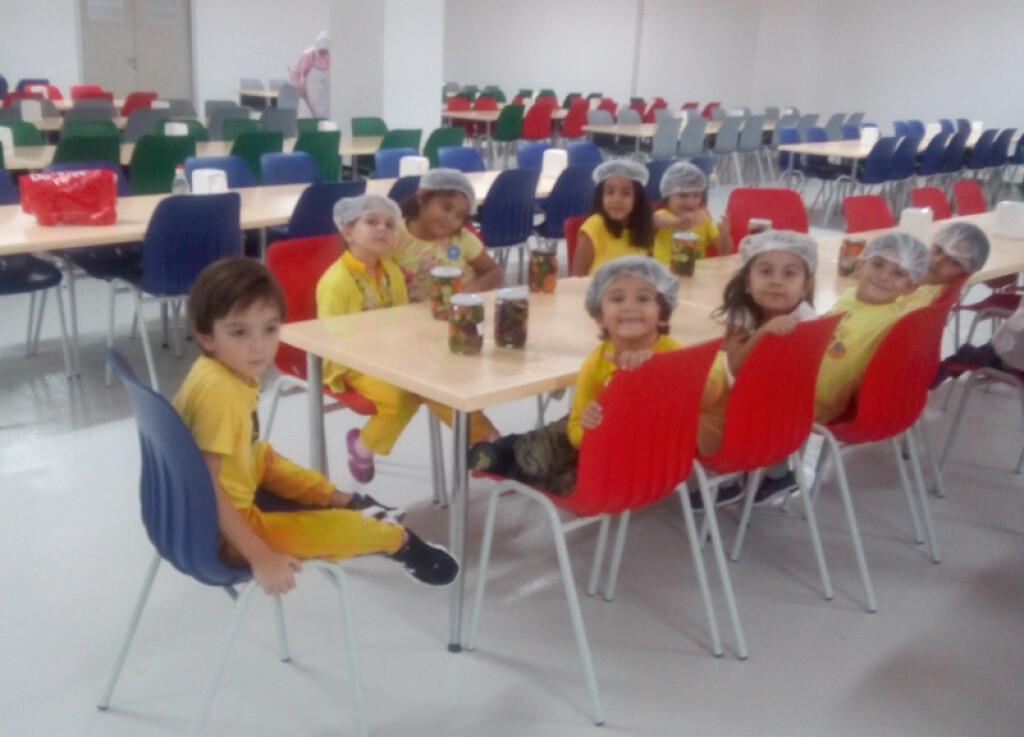 Çalışkan Arılar Sınıfı Kışlık Turşularını Kurdular | Pendik İlkok...