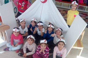 Çalışkan Arılar Kızılay Haftası | İstanbul Pendik İlkokulu ve Ort...