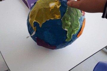 Dünya Bir Kağıda Nasıl Sığar