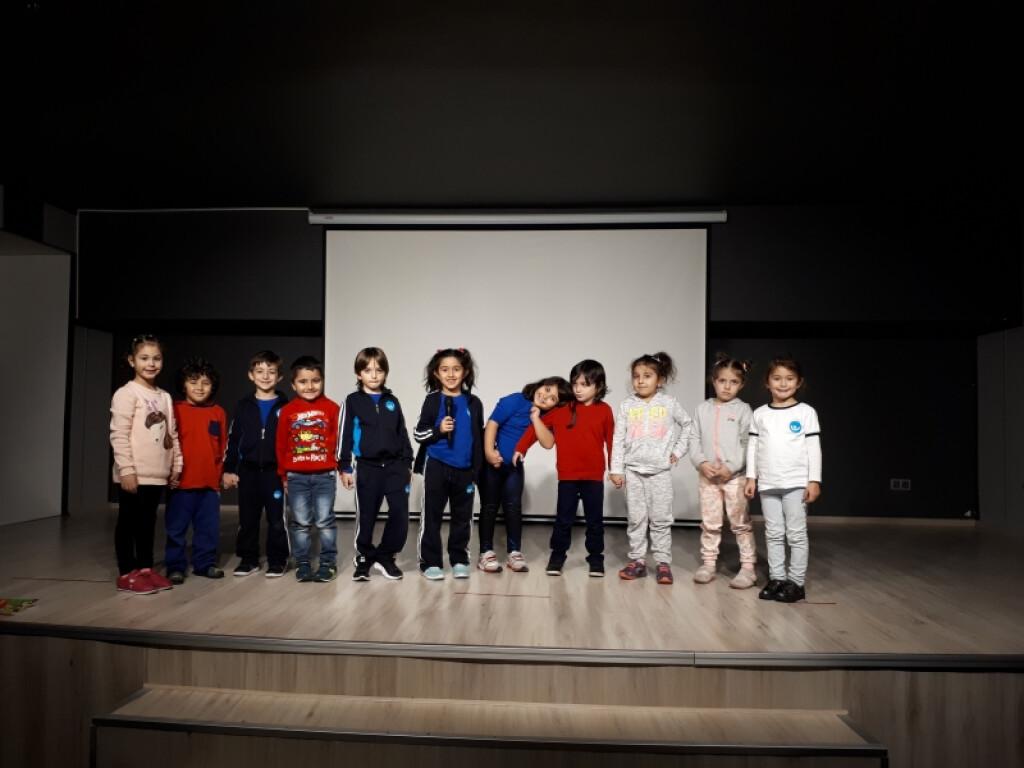 Mikrofondan Sevgi Sözleri | Pendik İlkokulu ve Ortaokulu | Özel O...