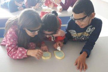 Minik Mucitler İş Başında Kokulu Taş Yapımı | Pendik İlkokulu ve...