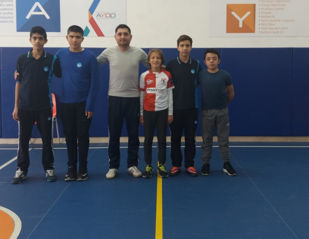 7. ve 8. Sınıf Futsal ( Salon Futbolu ) | Pendik İlkokulu ve Orta...