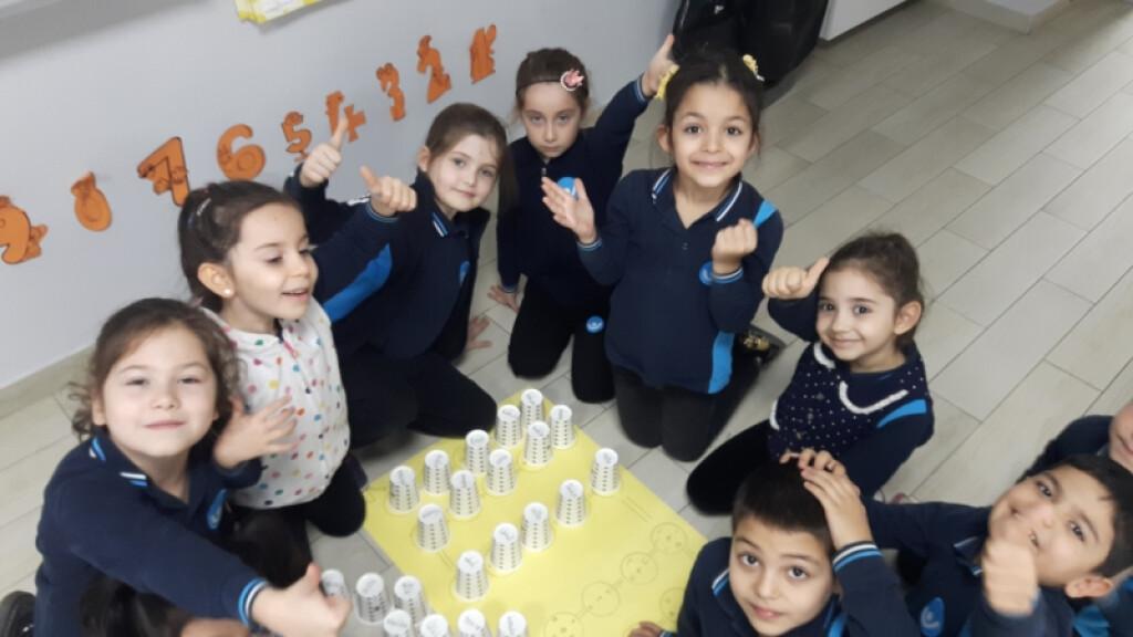 1.sınıf Öğrencilerinin Kelime Oluşturma Sevinici | Pendik İlkokul...
