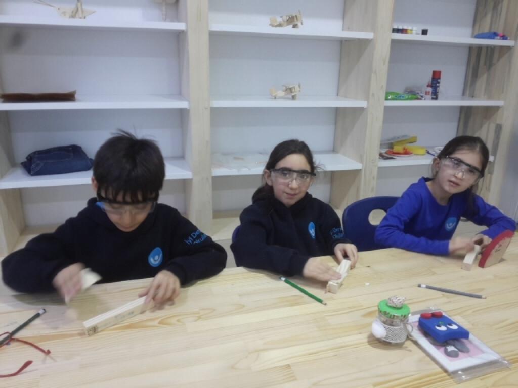 Çivi Çakma Yapıyoruz   Pendik İlkokulu ve Ortaokulu   Özel Okul
