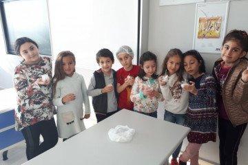 Kokulu Mum Yapımı | Pendik İlkokulu ve Ortaokulu | Özel Okul