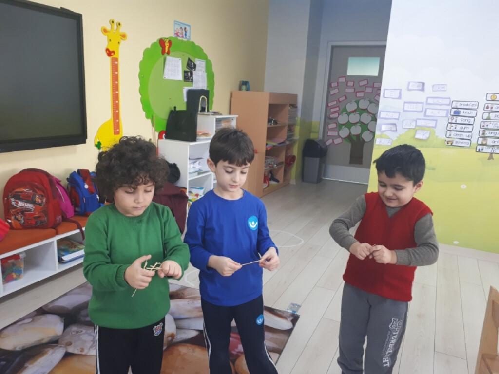 Arkadaşının Resmini Tamamla! | İstanbul Pendik İlkokulu ve Ortaok...