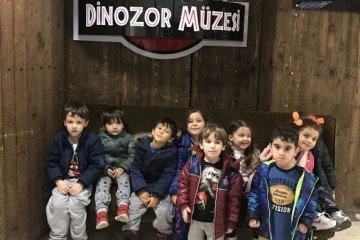 Sevimli Kuzular Dinozor Müzesinde | Pendik İlkokulu ve Ortaokulu...