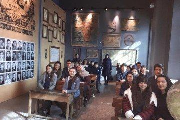"""8.sınıflarla """"milli Mücadele Müzesi """"gezisi"""