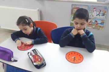 İyi Dersler Okullarında Zaman Hiç Durmuyorrrrrrrrr | İstanbul Pen...