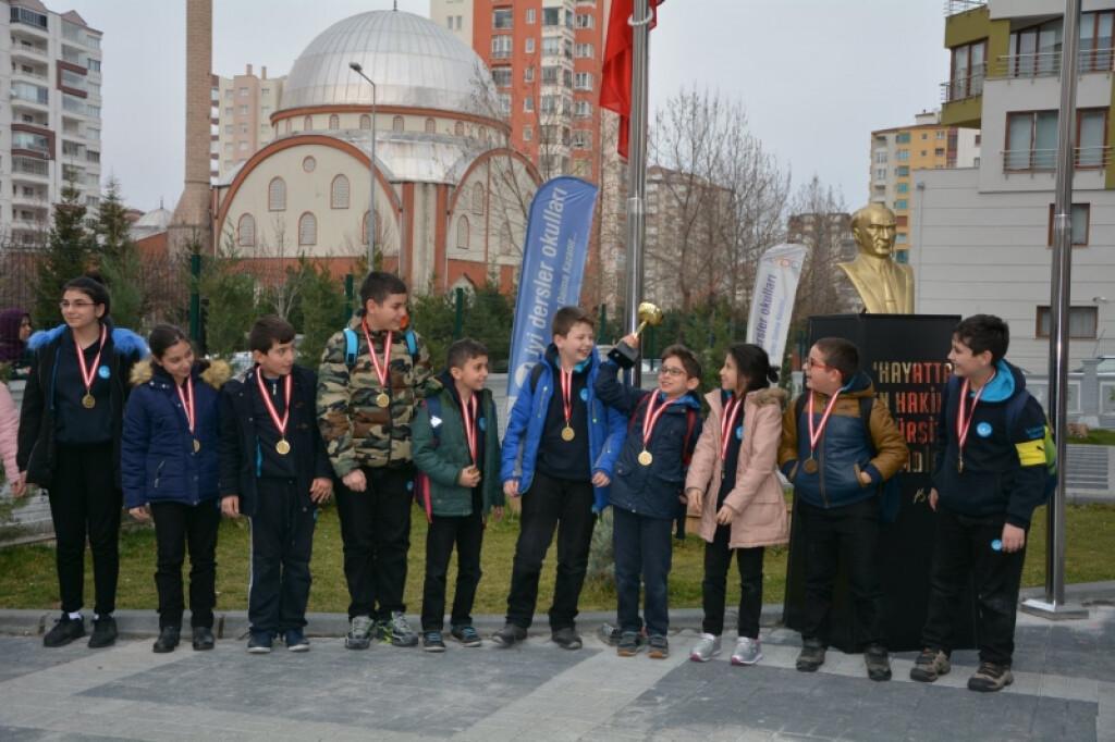 İyi Dersler Okulları Ortaokulu Sınıflar Arası Futbol Turnuvası Fi...