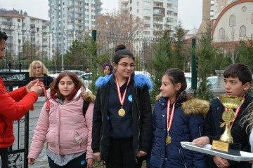 İyi Dersler Okulları Ortaokulu Sınıflar Arası Futbol Turnuvası Finali