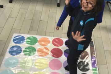 Farbtwist | Pendik İlkokulu ve Ortaokulu | Özel Okul