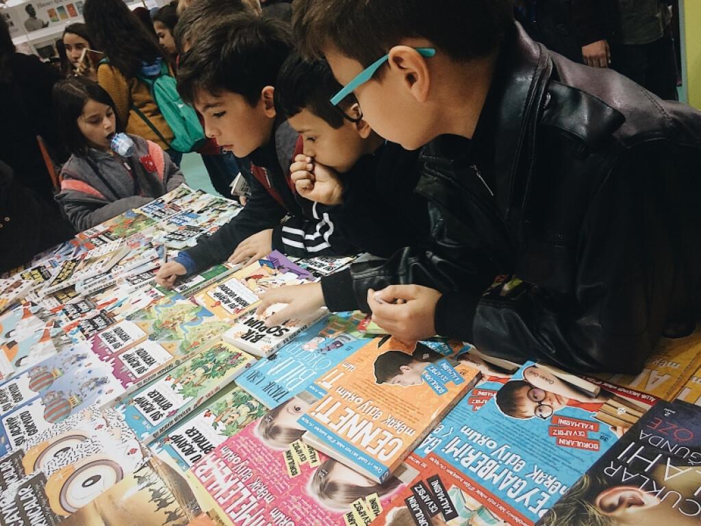 Kitap Fuarı Gezisi. | Kayseri Konaklar İlkokulu ve Ortaokulu | Öz...