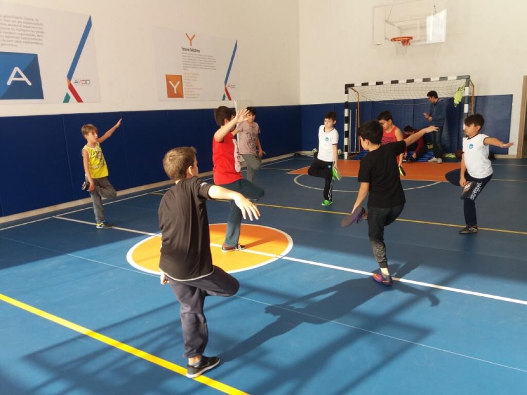5. ve 6. Sınıf Futsal ( Salon Futbolu ) | Pendik İlkokulu ve Orta...