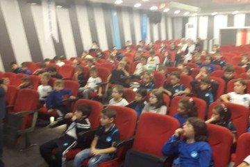 2 - A Sınıf Öğrencileri Seminerde: )