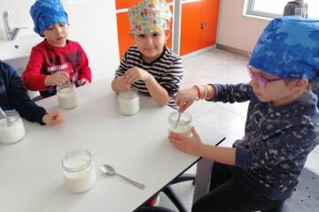 Okul Öncesi Grubu Gastronomi Atölyesinde