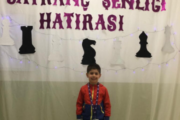 Miniklerin İlk Satranç Turnavası