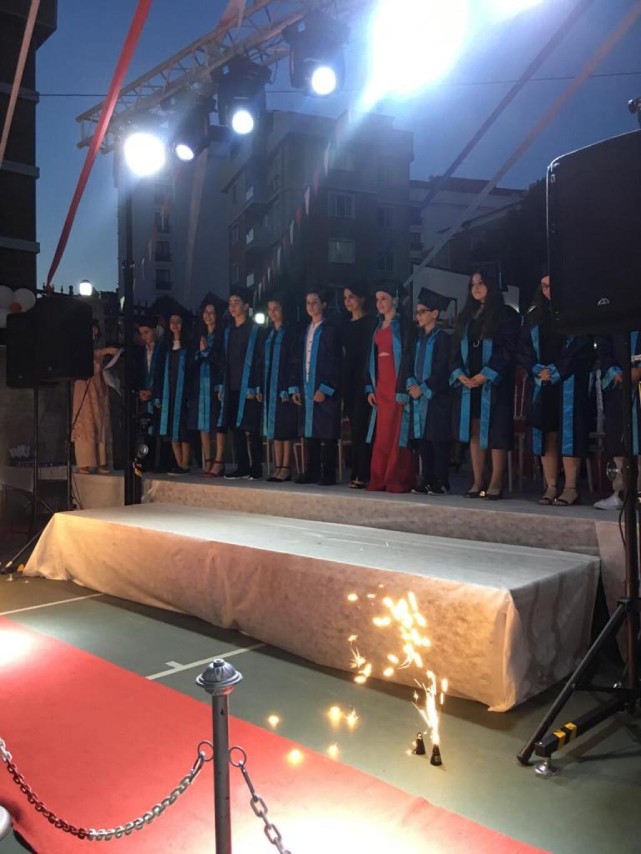 İyi Derslerde Mezuniyet Çoskusu | İstanbul Pendik İlkokulu ve Ort...