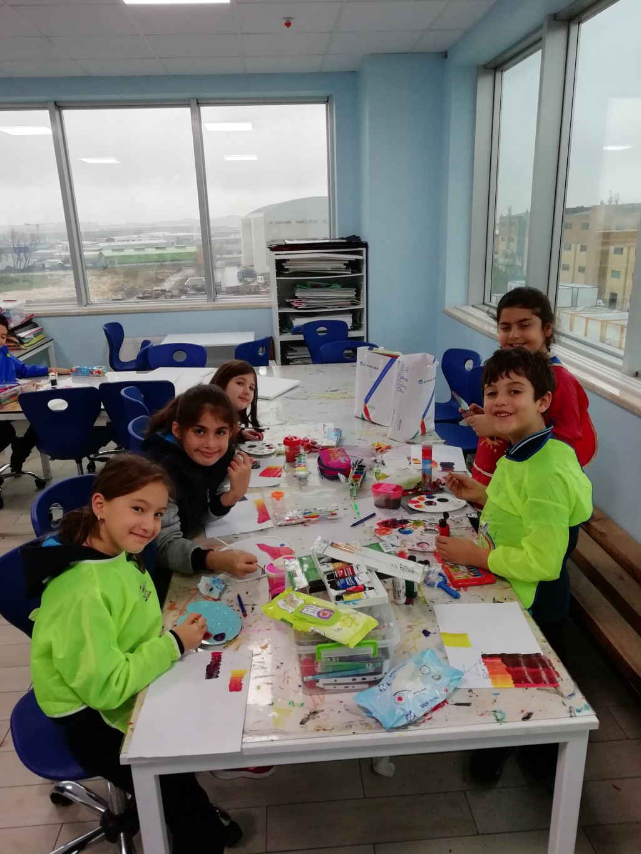 3 Renkle Neler Yapılabilir? | Pendik İlkokulu ve Ortaokulu | Özel...